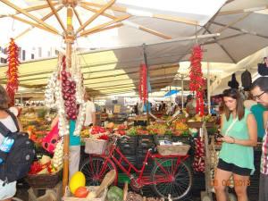 Piata Flori luna miere Roma