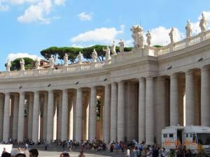 Vatican_luna_miere_Roma