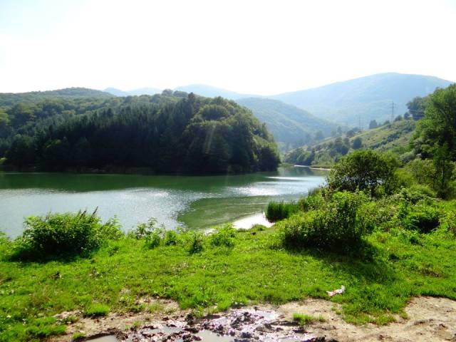 Lacul-Gura-Golumbului-Caras-Severin-Bozovici