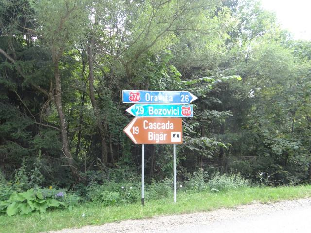 Drumul-Cascada-Bigar-larisastan