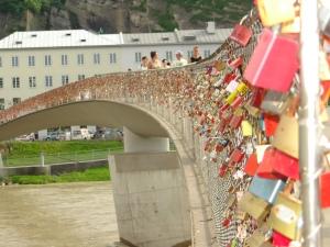 salzburg-podul-cu-lacate