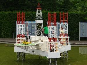 bruxelles-mini-europa-platforma-petroliera