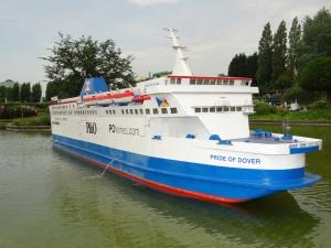 marea-britanie-mini-europa-jumbo-ferry