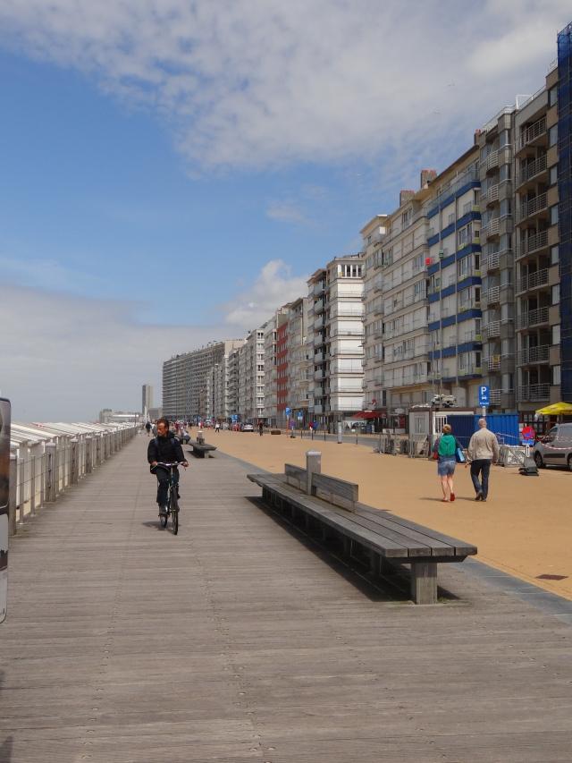 faleza-oostende-marea-nordului-plaja-belgia
